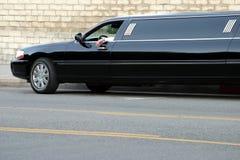 svart limousine Royaltyfria Bilder