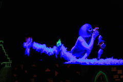 svart ljus prague theatre Royaltyfri Bild