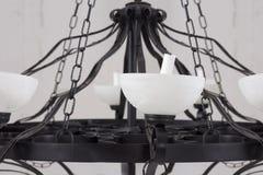 Svart ljuskrona för tappning med stearinljus Royaltyfri Bild