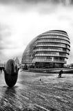 svart london white Fotografering för Bildbyråer