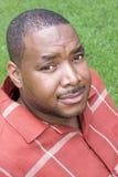 svart man Arkivfoto