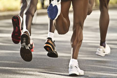 Svart maratonlöpare Arkivfoto