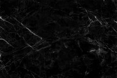 Svart marmortexturbakgrund i naturliga modeller med hög upplösning den lyxig specificerade strukturen som är ljus och royaltyfria bilder