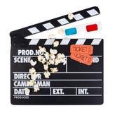 Svart med vit märker clapperfilmen, 3D-glasses, filmbiljett Arkivbilder