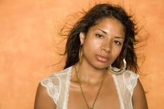 svart nätt kvinna Arkivfoton