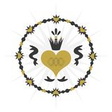 Svart och guld- cirkelhjärta med kronasymbolen på vit bakgrund Arkivfoto
