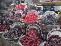 Svart och röda torkade frukter Royaltyfri Foto