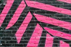 Svart och rosa tegelstenvägg Royaltyfria Bilder