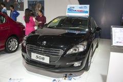 Svart peugeot 508 bil öppnad dörr Royaltyfria Foton