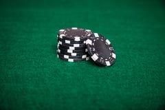 Svart poker Chip Stack Royaltyfria Bilder