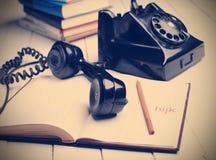 Svart retro telefon Arkivbild