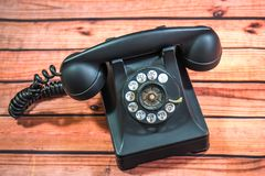 Svart Retro telefon & telefonlur arkivbilder
