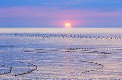 svart sikt för soluppgång för hav för crimea dag karaberg arkivbild