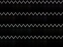 Svart skinande T-tröja med gränser Arkivbild