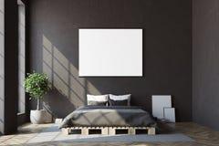 Svart sovrum, horisontalaffischframdel Arkivbilder
