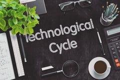 Svart svart tavla med den teknologiska cirkuleringen framförande 3d Royaltyfri Fotografi