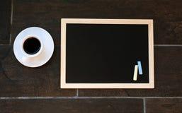 Svart tavla eller svart tavla som är klara för text Utbildning eller funktionsdugligt begrepp Fotografering för Bildbyråer