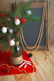 Svart tavla för meny i en julatmosfär Royaltyfria Bilder