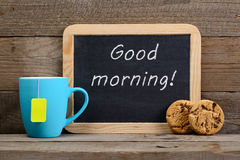 Svart tavla med bra morgon! uttryck Arkivfoton