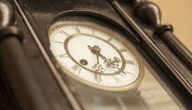 Svart visartavlaklocka för tappning Royaltyfri Fotografi