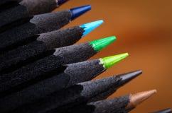 svarta blyertspennor Arkivbild