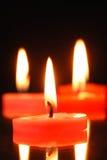 svarta burning stearinljus för bakgrund Arkivfoton