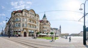 Svarta Eagle Complex Palace & x28; Vulturul Negru & x29; i Oradea Arkivbild