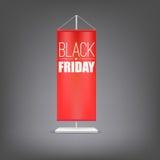 svarta friday Vertikal röd flagga på pelaren Royaltyfria Foton