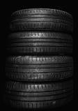 Svarta gamla gummihjul Fotografering för Bildbyråer