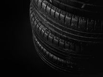 Svarta gamla gummihjul Royaltyfria Bilder