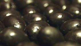 svarta olivgrön 2 skott arkivfilmer