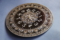 Svarta runda handgjorda klockor Royaltyfria Bilder