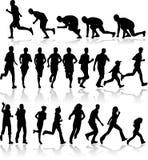 svarta running silhouettes Arkivbilder