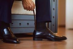 svarta skor Arkivbilder