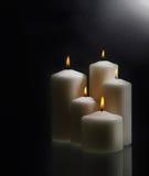 svarta stearinljus för bakgrund över white Royaltyfria Foton