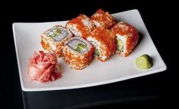 svarta sushi Arkivfoto