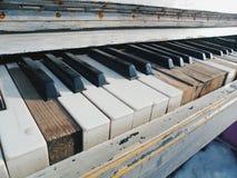 svarta & vita pianotangenter Royaltyfri Foto