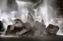 Svartifoss瀑布在冰岛 库存图片
