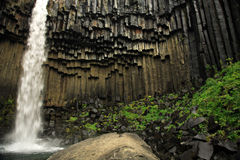 Svartifoss waterfall and basal Royalty Free Stock Photos