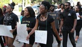 Svartliv frågan, polisen protesterar, charlestonen, SC Royaltyfri Fotografi