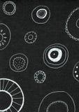 Svartvit abstrakt design - sicksackband på svart bakgrund arkivfoto