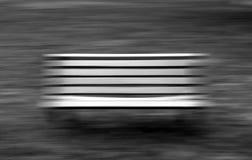 Svartvit bänk Fotografering för Bildbyråer