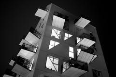 Svartvit byggnad Royaltyfri Fotografi