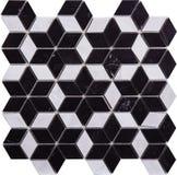 Svartvit sömlös diamant formad mosaisk modell Arkivfoton