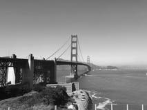 Svartvita Golden gate bridge Arkivbild