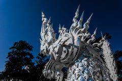 Svartvitt på Wat Rong Khun Chiang Rai fotografering för bildbyråer