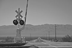 Järnväg spårar korsning Arkivfoto