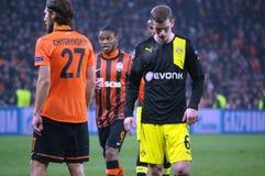 Sven Bender en Chygrynskiy tijdens de gelijke van het Champions League Stock Afbeeldingen