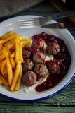 svenska meatballs close upp sund mat arkivfoto