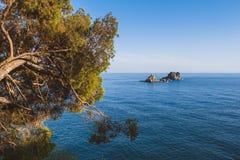 Sveta Nedjelja-Insel nahe Petrovac Stockbild